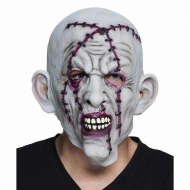 Grijze horror masker met litteken en nietjes van latex