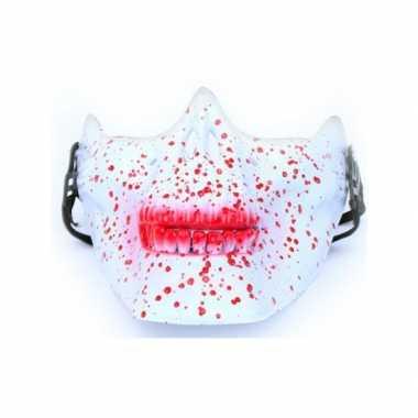 Kaakmasker bebloed schedel