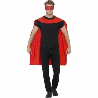Rode cape met oogmasker voor volwassenen